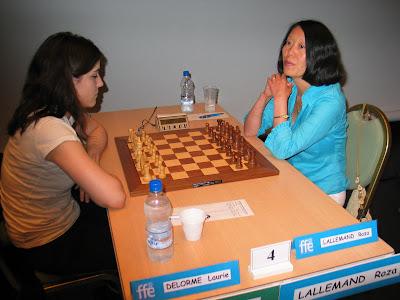 Laurie Delorme et Roza Lallemand au Championnat de France d'échecs 2008 - photo Chess & Strategy
