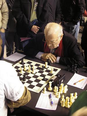 Viktor Korchnoi (2584) finit 38ème avec 6 points/9