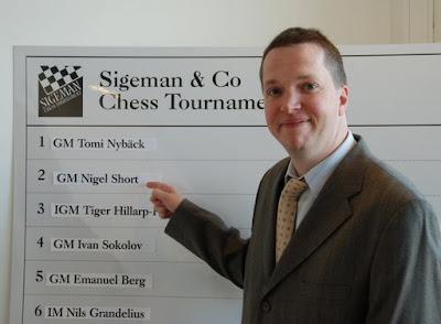 Nigel Short (2674) - photo site officiel