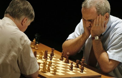 Karpov contre Kasparov - photo AFP