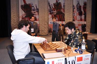 Etienne Bacrot joue les départages face à Wang Yue © Site Officiel