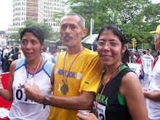 Familia que corre UNIDA...Padre e Hijas