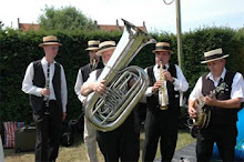 Flying Dixieland Band