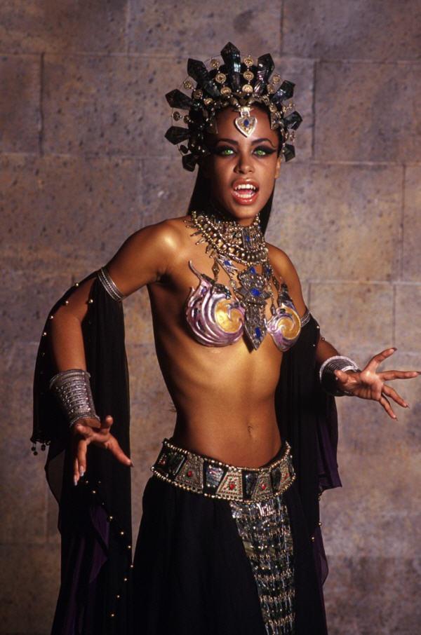 Aaliyah's Akasha put