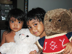 adik & kakak with bear