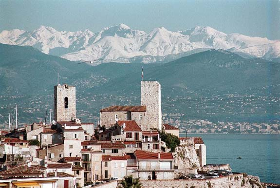 Antibes and the Alpes