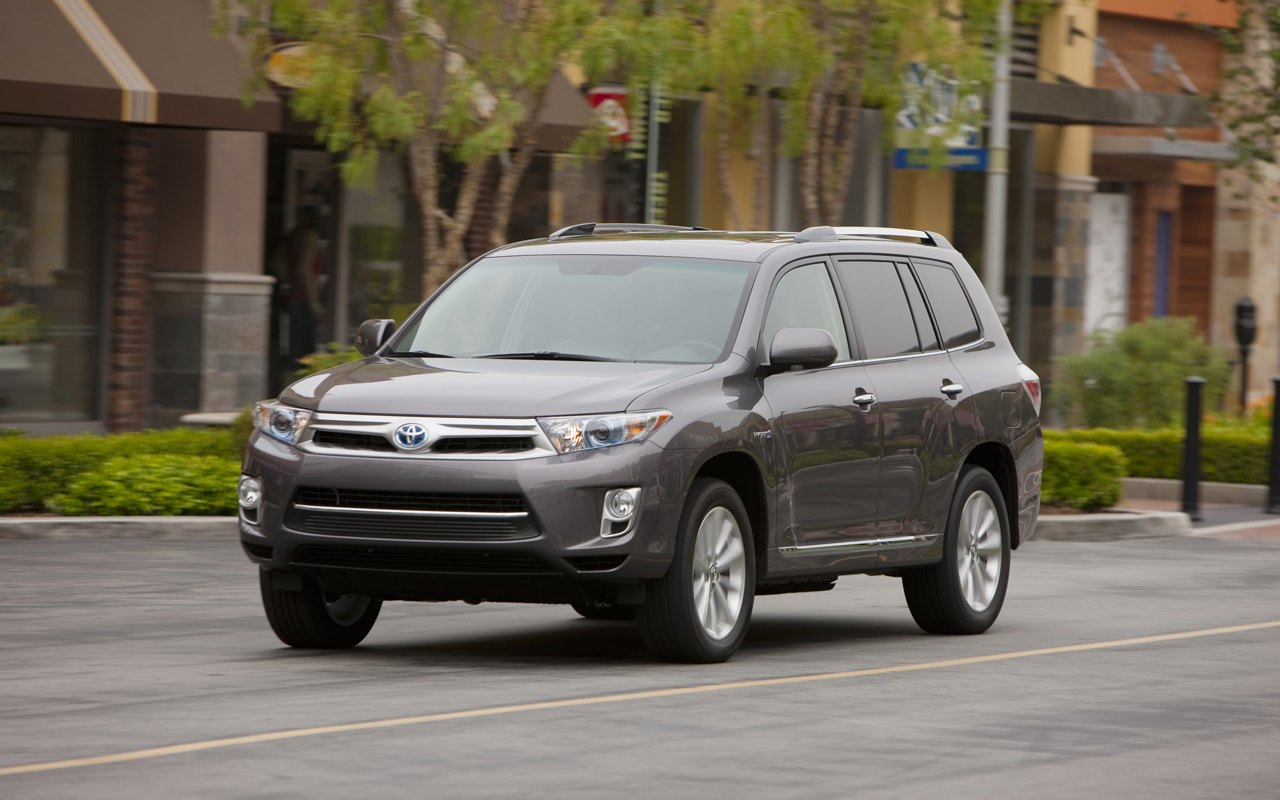 2011 toyota highlander hybrid will start from 37 290 suv buster. Black Bedroom Furniture Sets. Home Design Ideas