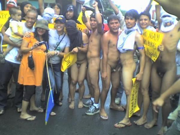 Cfnm philippines naked run, How to kiss a girl with tongue