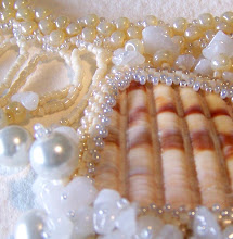 Creamy Mermaid Shard Necklace
