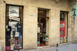 La Mauvaise Reputation bookstore