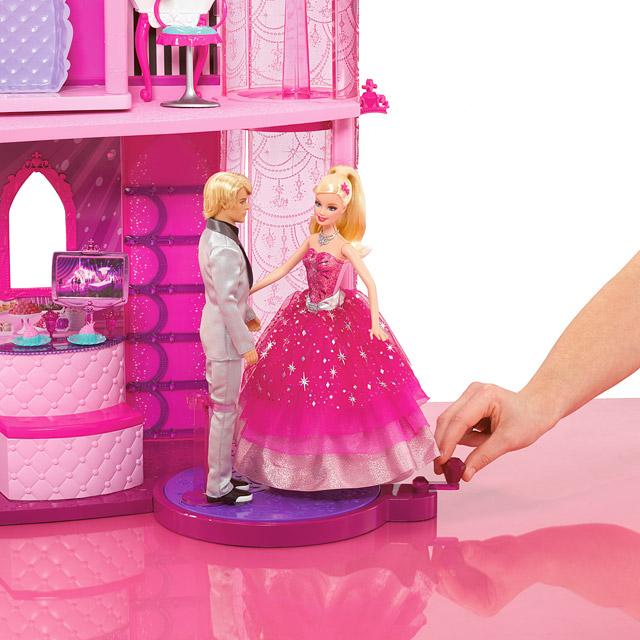 Barbie moda masalı şato t3033 mattel