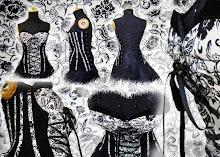 corset flores negras