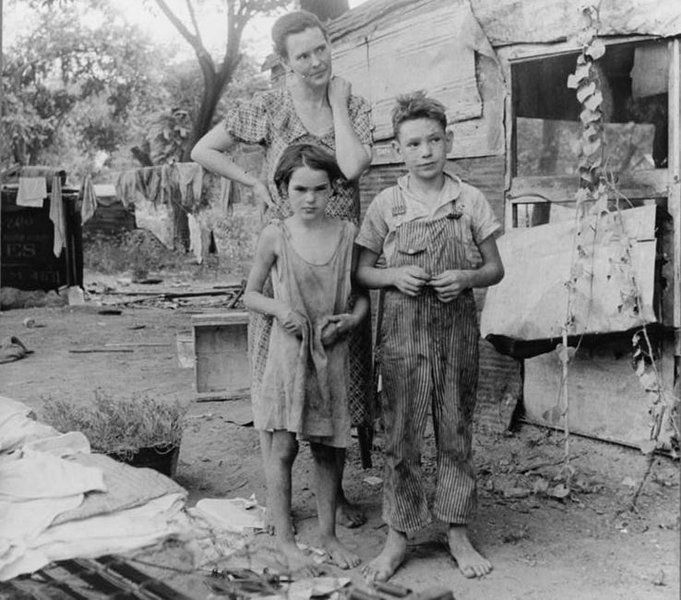 children poverty united states essay Does not (in the form of a poverty line at 60% of the median equivalised  this  thesis concludes that poverty measurement should be  easterlin (1974), who  found that despite decades of economic growth, us citizens were no  groups ( for example child poverty in the case of the uk) (veit-wilson 2000): in 1999 the  blair.