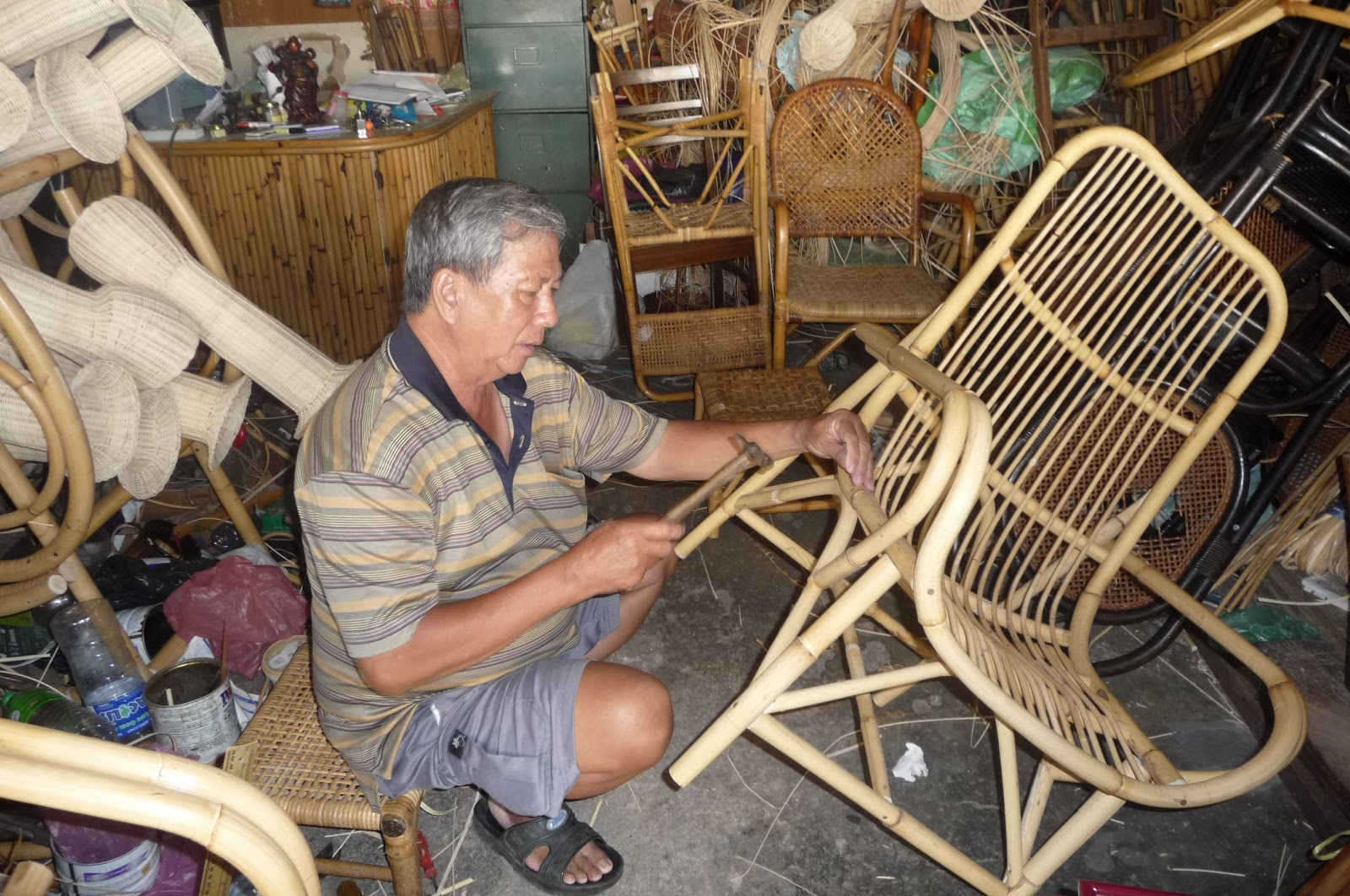 Exceptionnel Phang Yuan Chong Is Expert In Hand Make Rattan Furniture That Hard To Find  Nowadays.