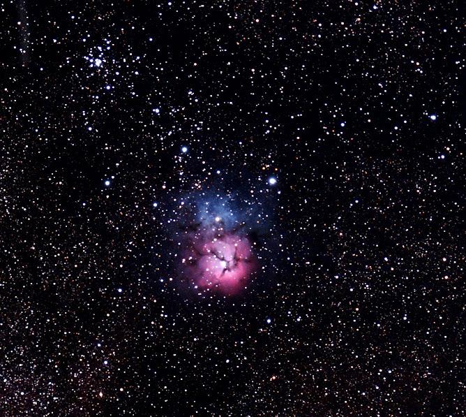 """Nebulosa """"Trífida"""" - M20 y el cúmulo estelar abierto M21"""
