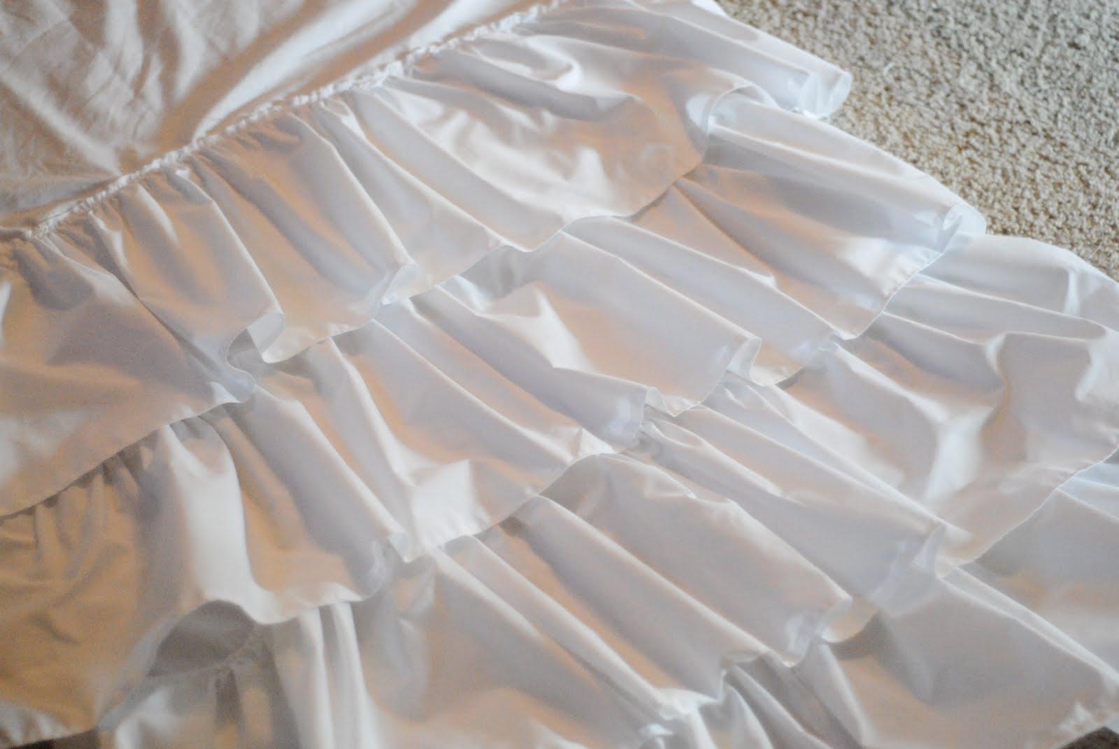 Как отбелить белое платье в домашних условиях