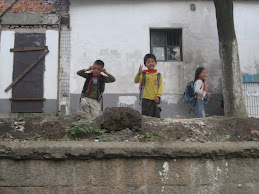 Kids near canal- Suzhou