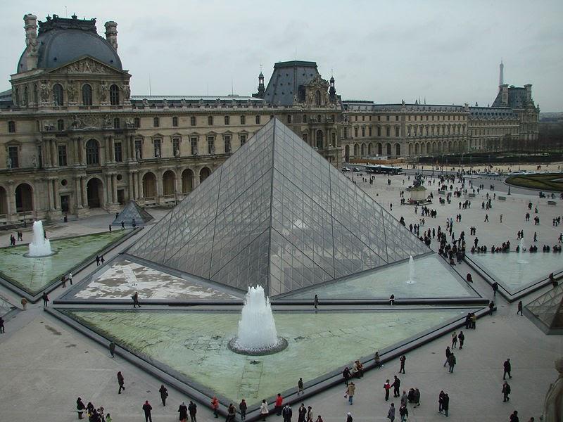 Illuminati pyramide illuminati du louvre - Pyramide du louvre inauguration ...