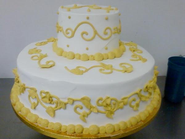 Anniversary_Cake353.jpg