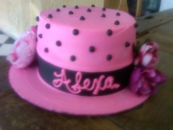 Elegant_Cake_Hat Society678