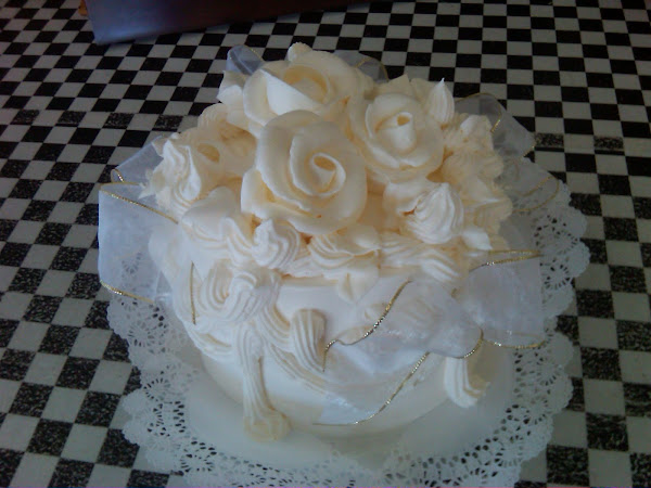 White_Rose_Scrunch_Wedding169
