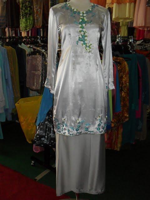Fesyen Baju Kain Renda