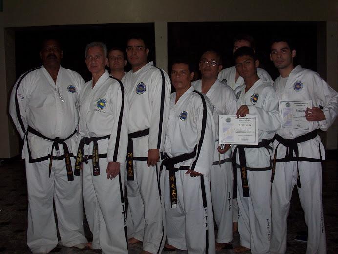 Lideres de Nicaragua y Maestro Hertor Marano VIII Dan