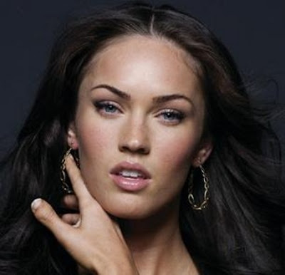 megan fox thumb toes. Megan Fox has Toe Thumbs?