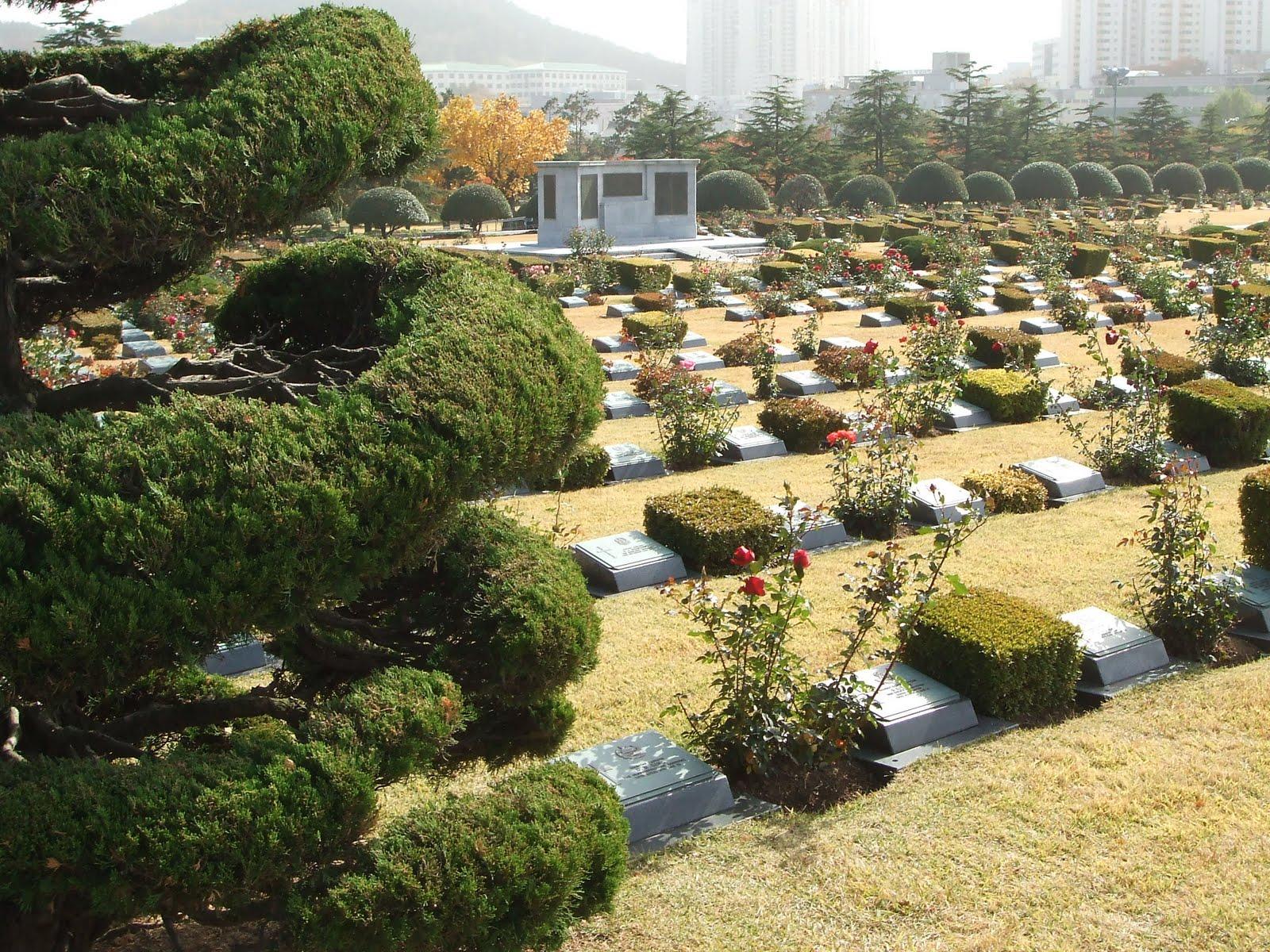 it 39 s a small world after all cementerio memorial de