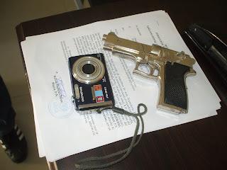DNCD apresa menor con cientos de porciones de drogas, una pistola de juguete