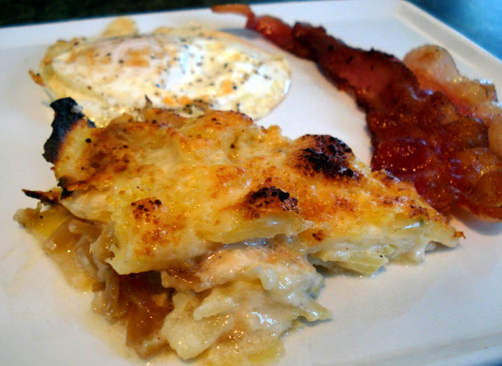 fond: Melted Onion and Potato Gratin