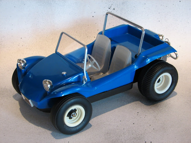MOLDED BLUE DUNE BUGGY