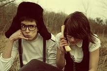 Llamame; te llamo; Me llamas?