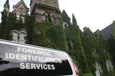 Toronto caccia ai fantasmi termina in tragedia foto