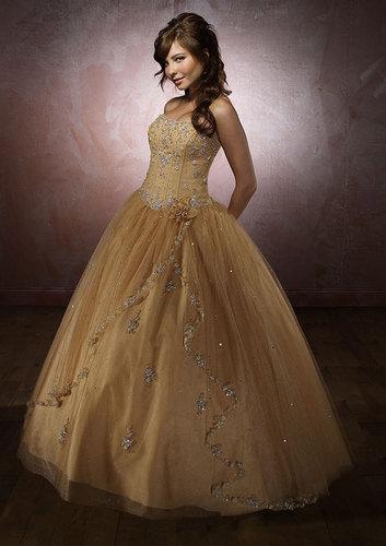 http://2.bp.blogspot.com/_hh83CV8i3g0/TMTZs4LW0xI/AAAAAAAAABk/tV0nDNv17jo/s1600/plus-size-prom-dresses-6.jpg