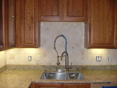 Cheap Backsplash on Tumbled Marble  I Think It Looks Cheesy And Cheap  There  I Said It