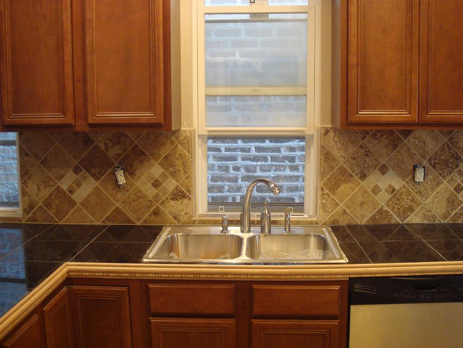 Reader Question: Should I Get Granite Tile Counters?