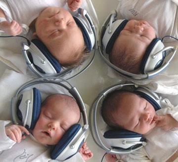 Bebes e a música