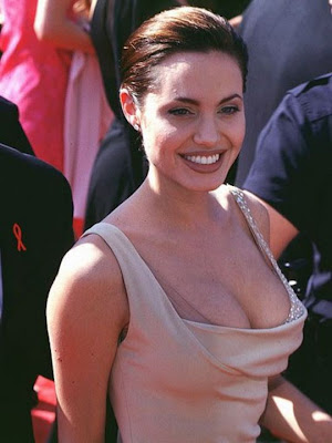 sexy mom Angelina Jolie