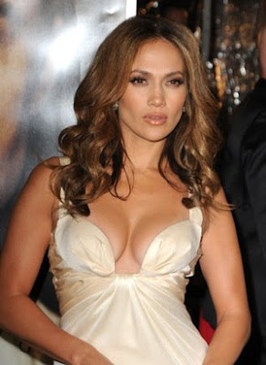 Sexy mom Jennifer Lopez and Marc Anthony continue to fend off rumors of ...