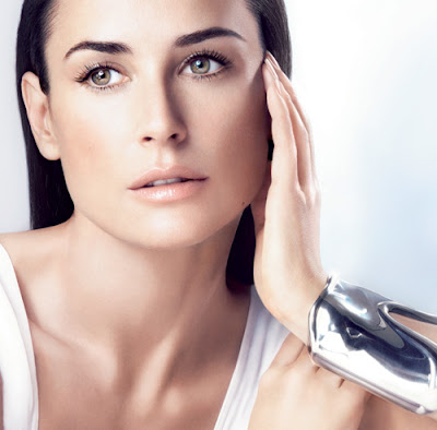 Demi Moore Twitter About Plastic Surgery