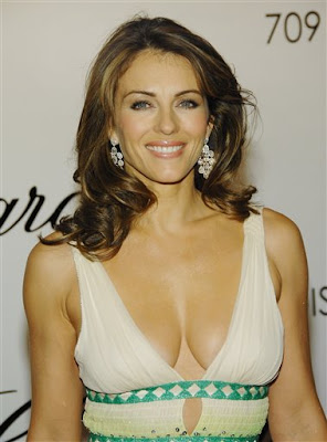 Catch Elizabeth Hurley At Cotswolds Farmers' Market