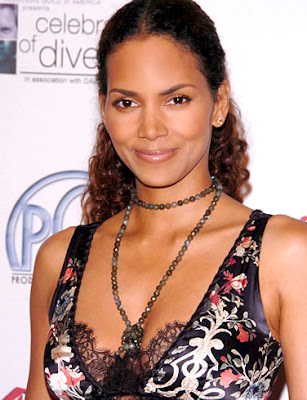 Halle Berry Puts Beverly Hills Home On Sale