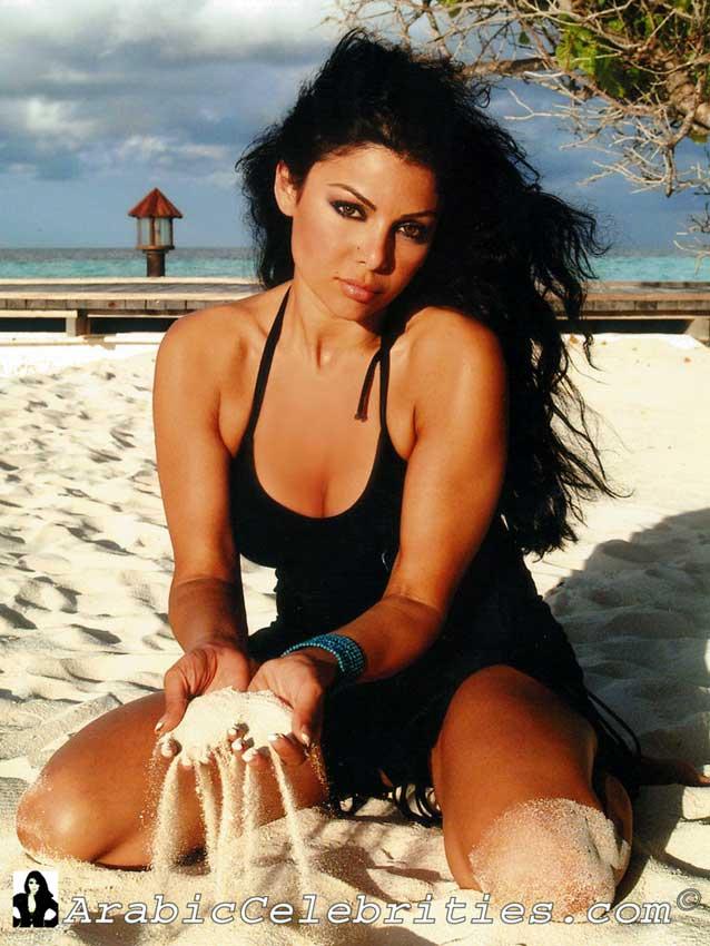 Haifa wehbe in bikini