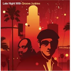 House music late night with groove junkies for Groove house music