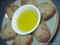 olive-oil-with-bread-breakfast