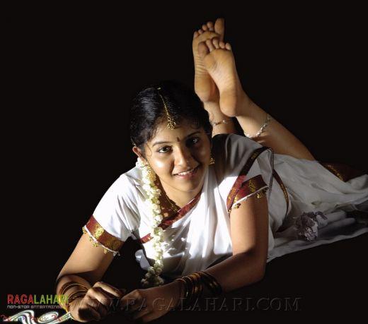 Actress anjali hot boobs