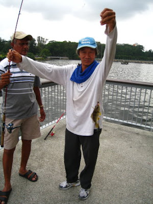 Longhead Grunt [Gu Huud] Caught by Ah Lee at Woodland Jetty Fishing Hotspots was created to share with those who are interested in fishing on tips and type of fishes caught around Woodland Jetty Fishing Hotspots.