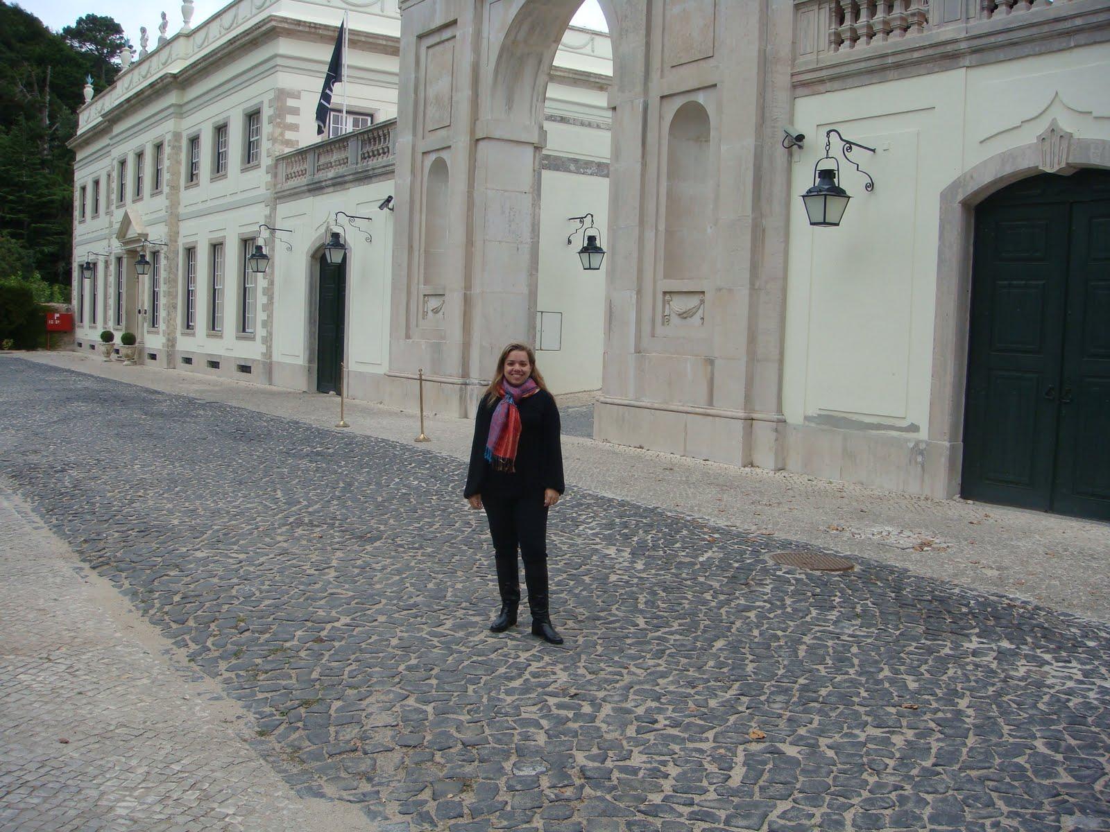 Tivoli em Sintra lindo mas nao nos deixaram ir ao banheiro! kkkk #63413D 1600 1200