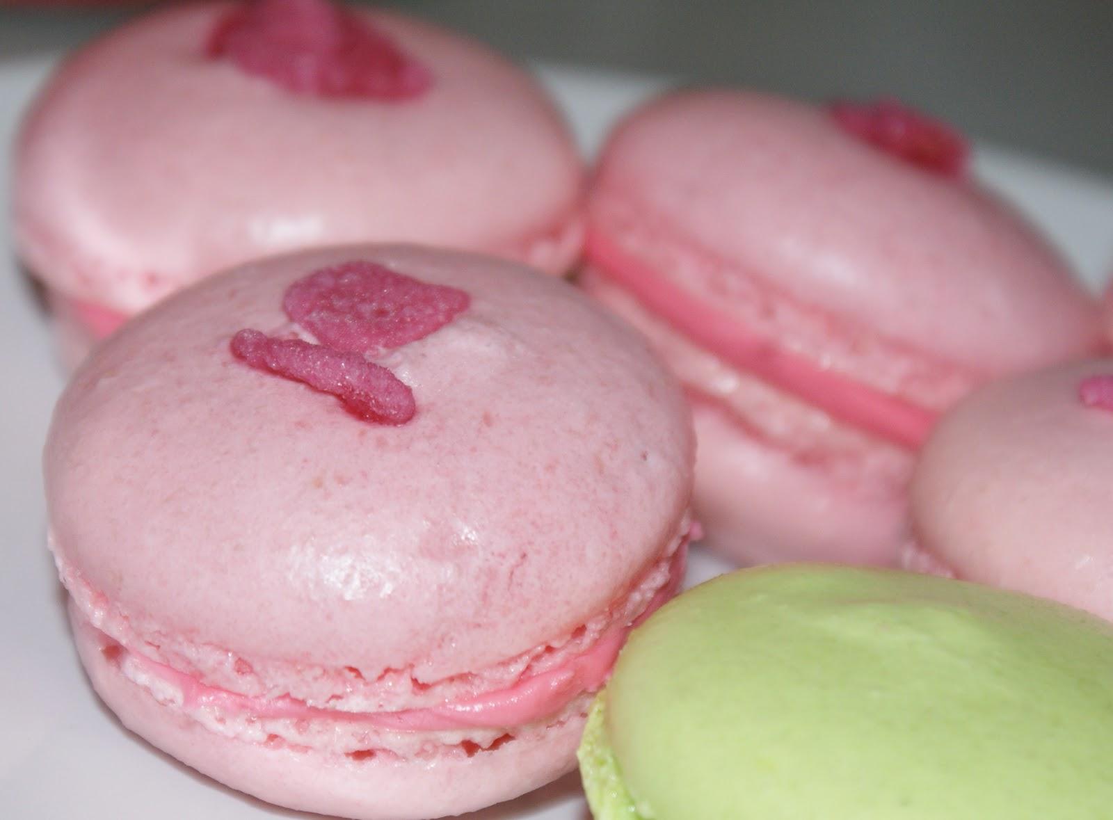 How to Make Perfect Macaroons… (Macarons)